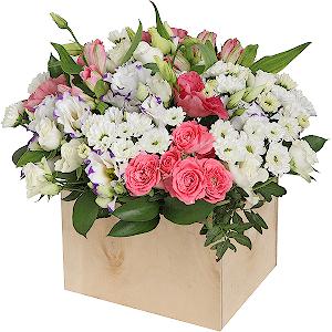Цветы в коробке Цветник